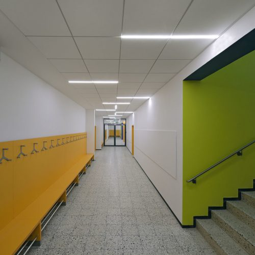 Primary school in Täfertingen, Germany – Corridor